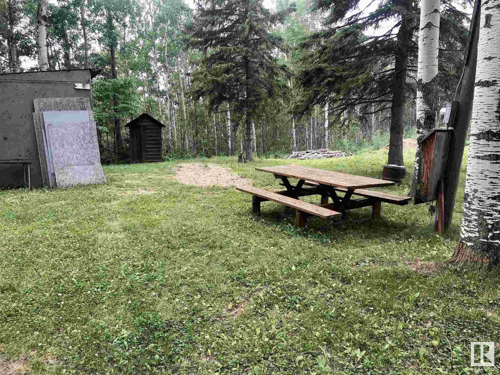 614 6th Street Norris Beach, Rural Wetaskiwin County, Alberta  T0C 2V0 - Photo 2 - E4255127